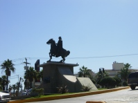a monument on Paseo de los Heroes
